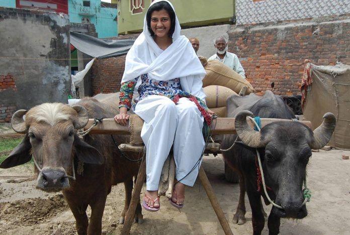 কষ্ট কৰা মানুহে কেতিয়াও নিৰাশ নহয়,প্ৰমান কৰি দেখুওৱালে খেতিয়কৰ ছোৱালী ইলমাই