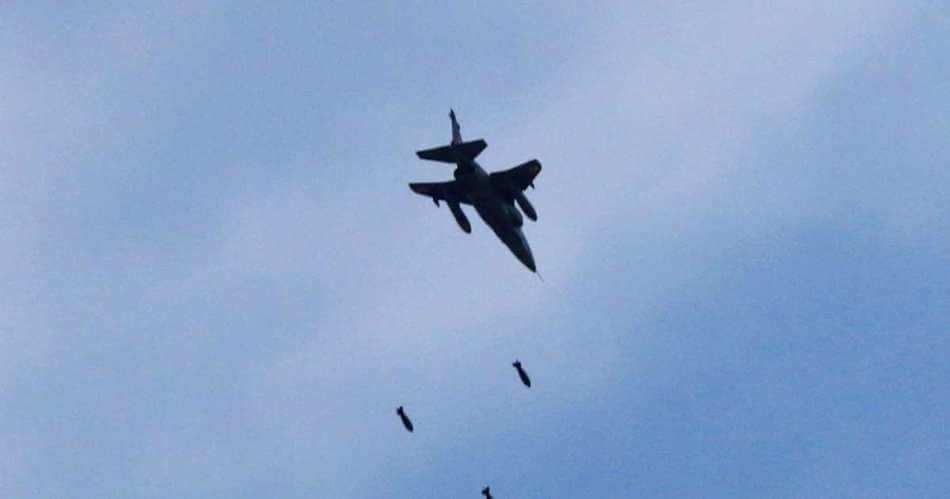 ভাৰতীয় বায়ু সেনাই পাকিস্তানৰ যুদ্ধ বিমান F-16 বিমান ভূ-পতিত কৰে
