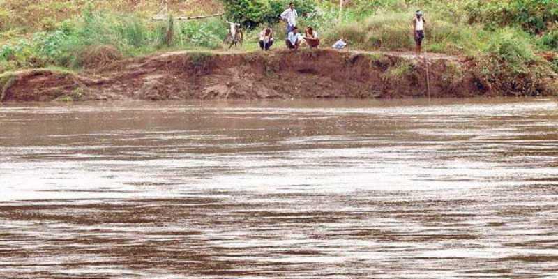 প্ৰলয়ংকাৰী বান: বান বিধস্ত ৰাজ্যত ২২ টা নদী বান্ধ ভাঙিলে বানে