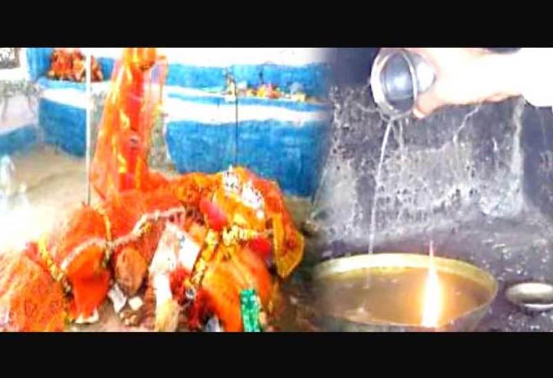 আচৰ্য্যকৰ! এটা মন্দিৰ, যত তেল নহয় চাকি জ্বলাবলৈ ব্যৱহাৰ হয় পানী