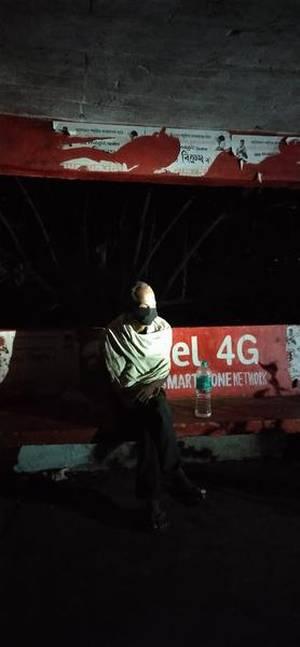 গুজৰাটৰ পৰা ২,৮০০ কিলোমিটাৰ পদব্ৰজে স্ব-গৃহত উপস্থিত হল অসমৰ এজন ব্যক্তি